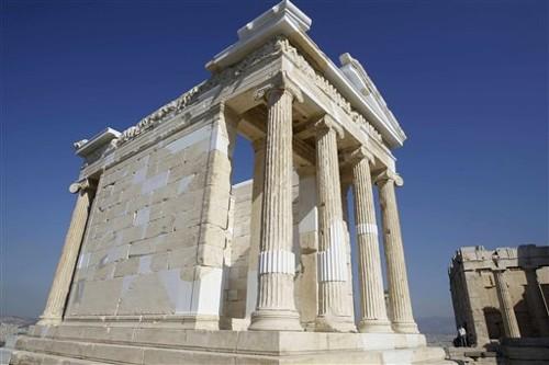 Los Propileos y el templo de Atenea Niké, en Atenas