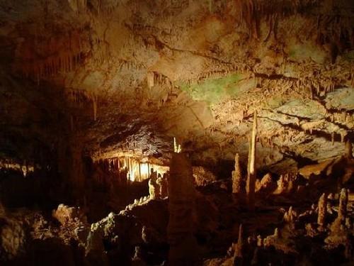 Cueva de Koutouki