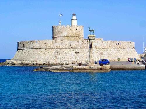 Mandráki, el antiguo puerto de Rodas