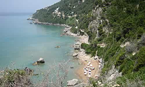 Mirtiotissa: hermosas playas casi vírgenes