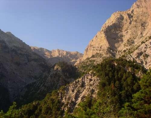 El monte Quelmo, naturaleza en el Peloponeso