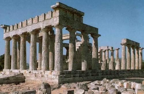 El hermoso templo de Afaya, en la isla de Egina