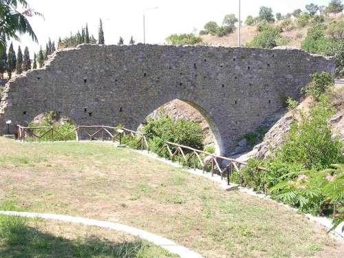 Acueducto de Feres
