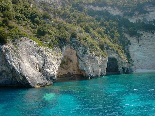 Cueva de Antipaxos, mar Jónico, Grecia