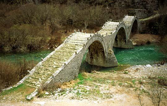 Puente de Kalogeriko, Zagoria, Grecia Central