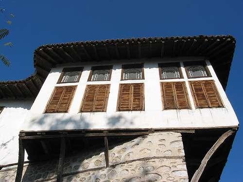 Casas antiguas en Kastoriá
