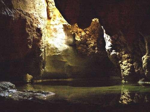 La Cueva de los Lagos, en Grecia continental