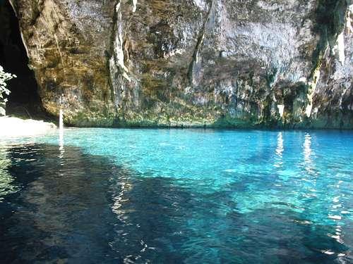 Cueva Melissani, Cefalonia, Islas Jónicas.