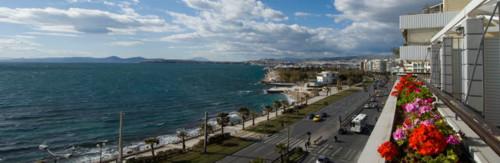 Hotel Coral, en las playas de Faliro, Atenas