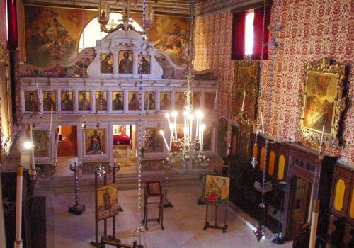 Iglesia de la Virgen Antivouniotissa y su museo bizantino en Corfu