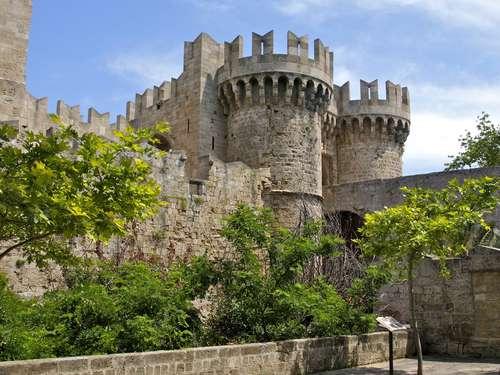 Hostal Santa Catalina en Rodas, ciudad medieval
