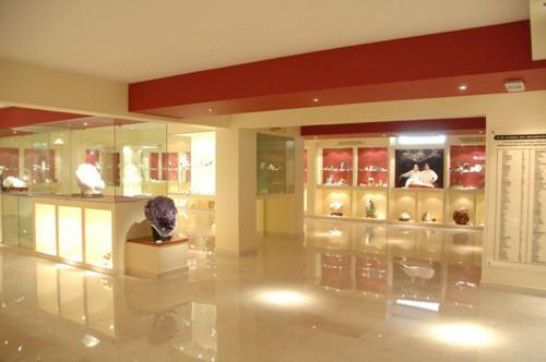 Museo Stamatiadis, minerales e historia en Rodas