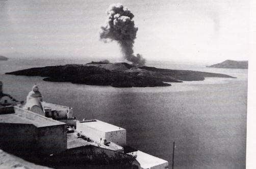 El volcán extinguido cerca de Santorini