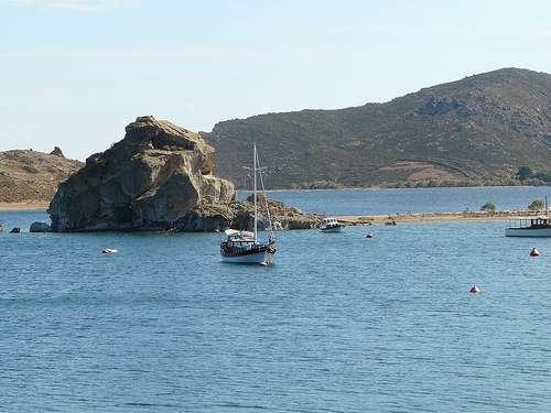 La mitica roca de Kalikatsou, en Patmos